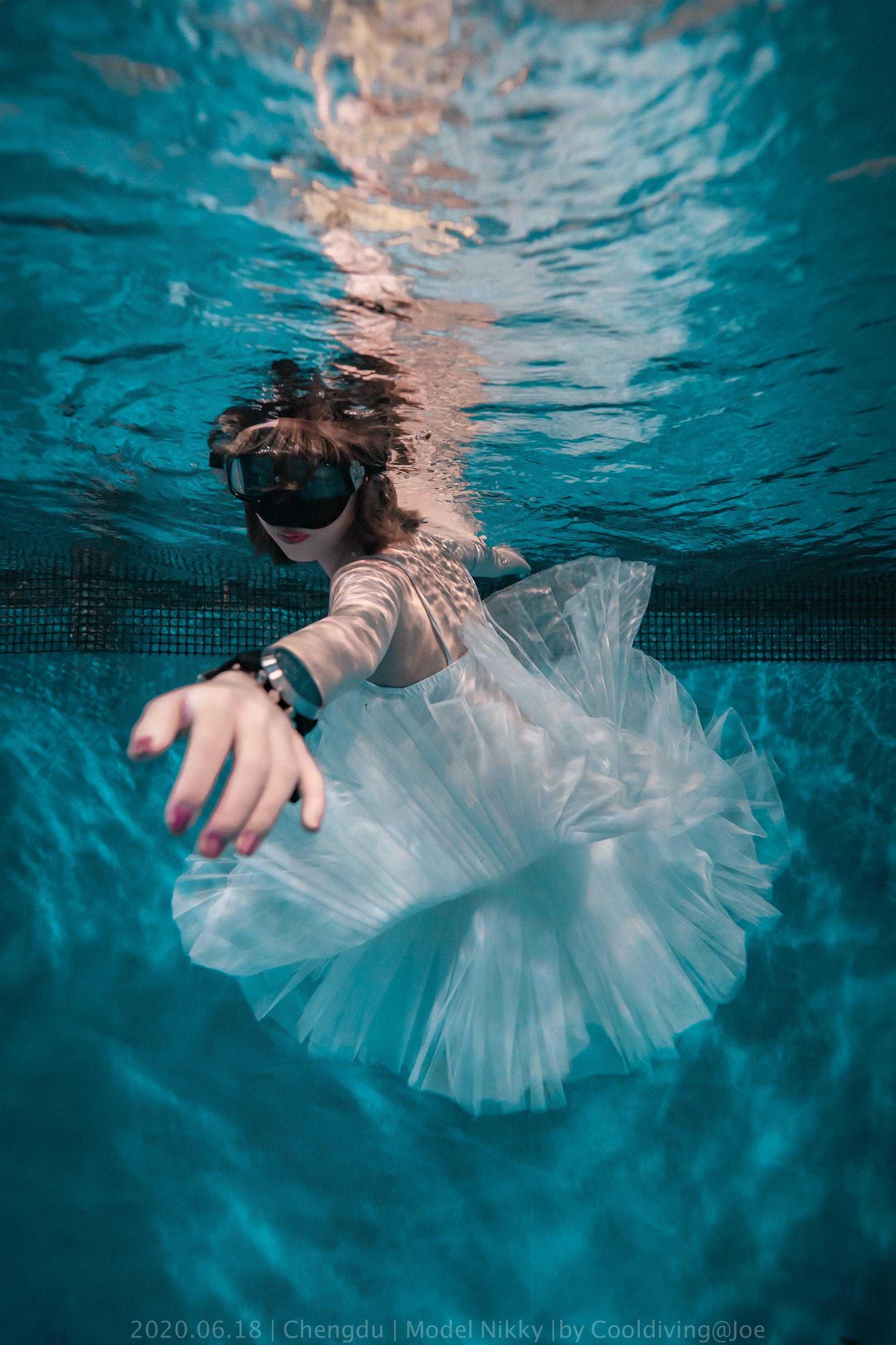 艺术照片 水下婚纱照 水下艺术照